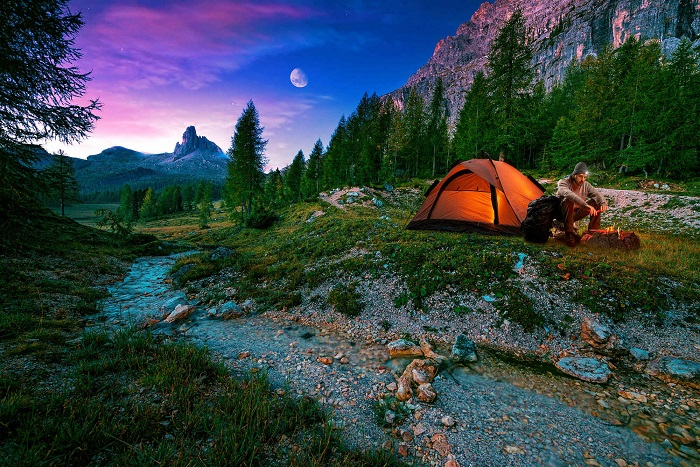 Survival Tips For a Camping Trip